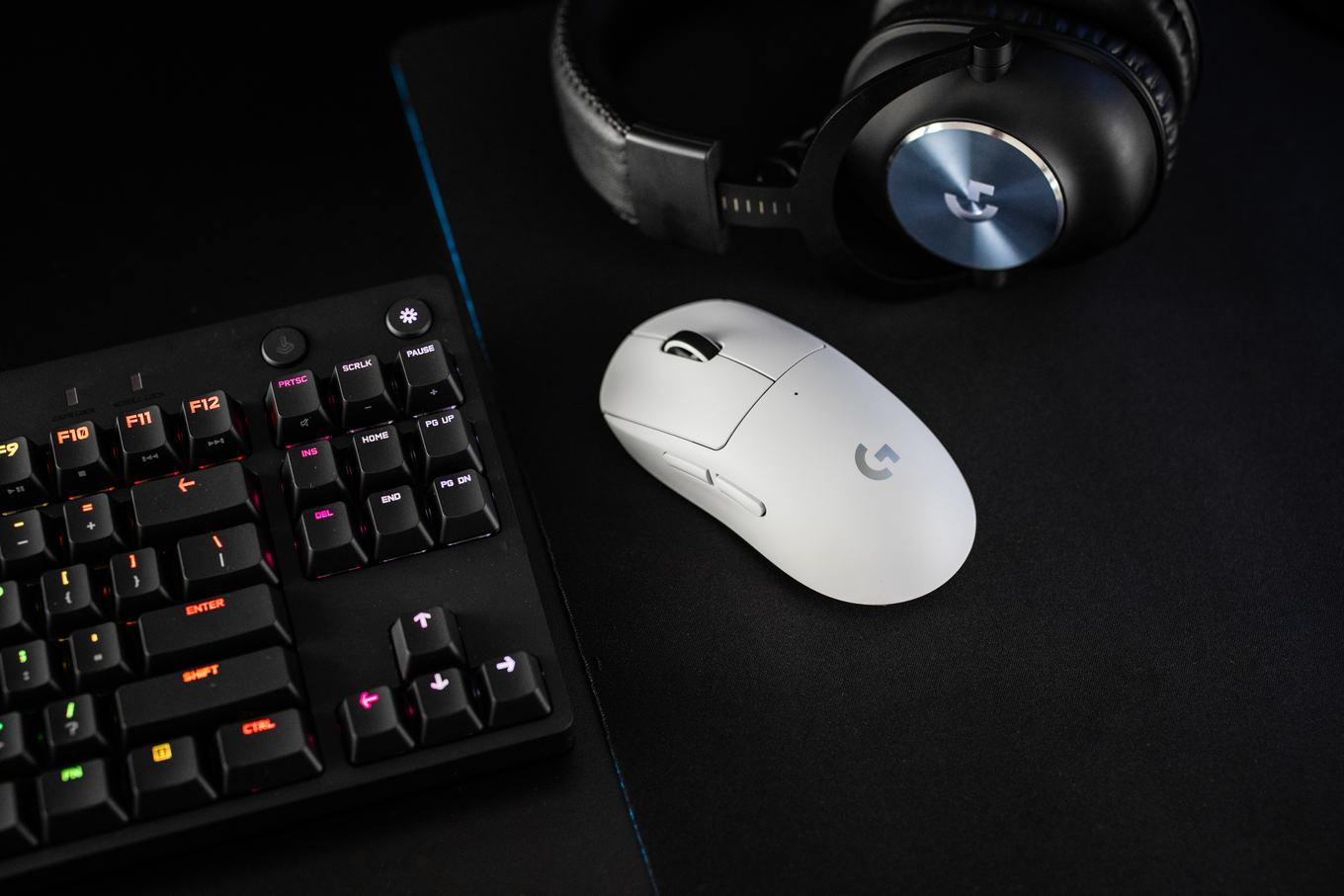 Logitech G Pro X Superlight Wireless Mouse Gaming